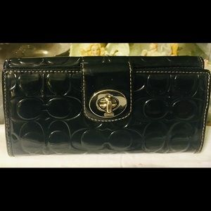 Coach Patent Leather Signature Organizer Wallet